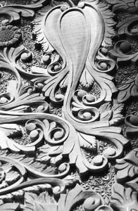 Walnut table - detail